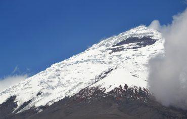 Hiking in Ecuador - Cotopaxi Volcano